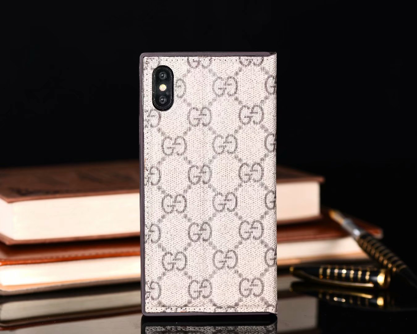 LV iPhone Xs/Xs Maxカバー おしゃれ