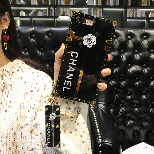 chanel iPhone Xsケース